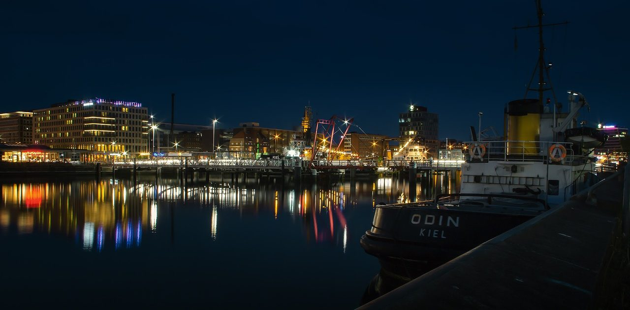 Kiel by Night